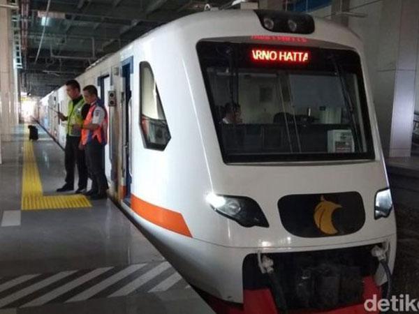 Yeay, Ayo Catat Jadwal dan Tarif Kereta Bandara Soekarno Hatta - Bekasi!