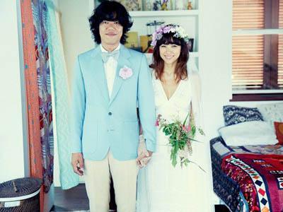 Lee Hyori dan Lee Sang Soon Rilis Foto Pernikahan yang Manis