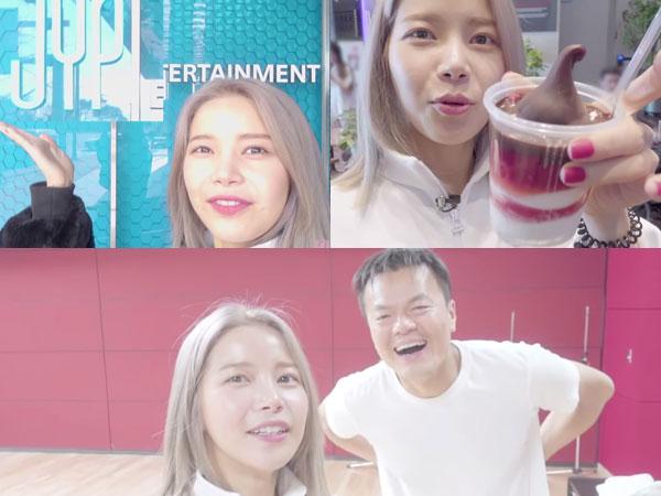 Intip Serunya Solar MAMAMOO Pesta Makan di Kantin 'Organik' JYP Entertainment