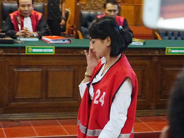 Vanessa Angel Terima Vonis Penjara 5 Bulan, Menangis di Persidangan