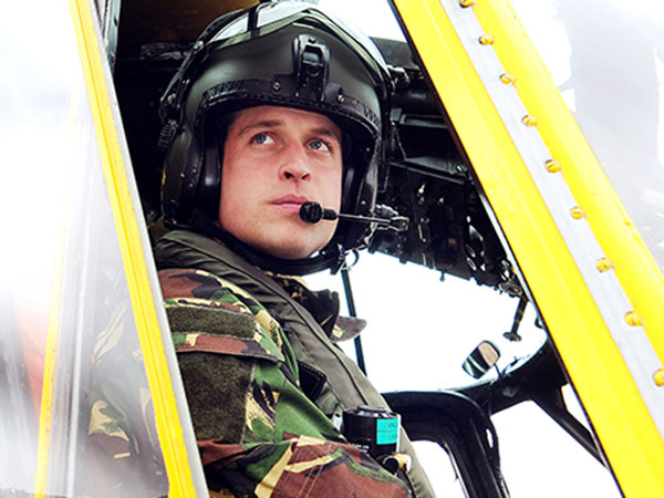 Lulus Tes Pilot Helikopter, Pangeran William Siap Jadi Pilot Ambulans Udara