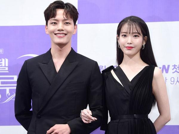 IU Sebut Yeo Jin Goo 'Jimat Keberuntungan' di Drama 'Hotel del Luna'