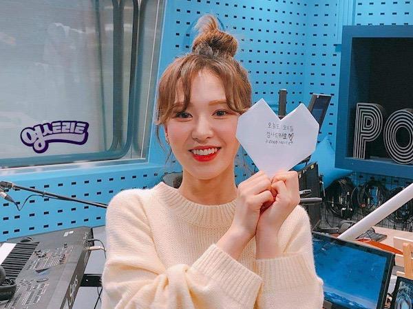 Wendy Red Velvet Ungkap Kesan Jadi Penyiar Tetap Radio SBS