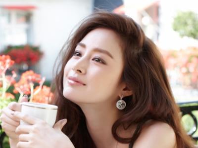 Wah, Gara-gara Kecantikannya Kim Tae Hee Minta Maaf Pada Lee Min Jung?