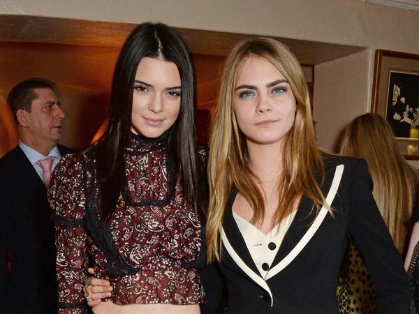Sama-Sama Pamerkan Tato Baru, Lebih Keren Cara Delevingne atau Kendall Jenner?