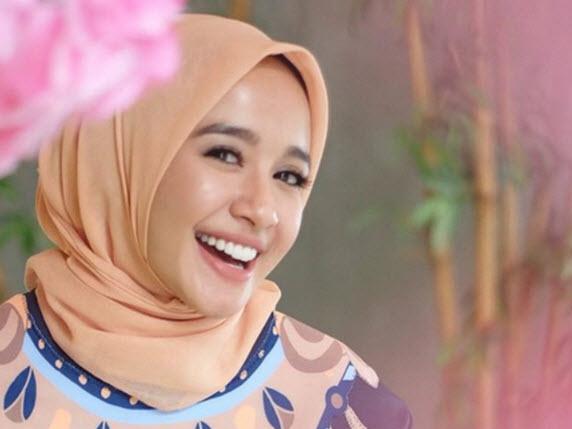 Putus dengan Afif Kalla, Laudya Cintya Bella Mantap Menikah dengan Pengusaha Malaysia!