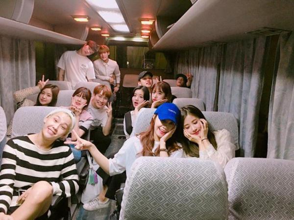 Meski Sering Pamer Kedekatan, Dua Grup Idola K-Pop Ini Bebas dari Rumor Pacaran
