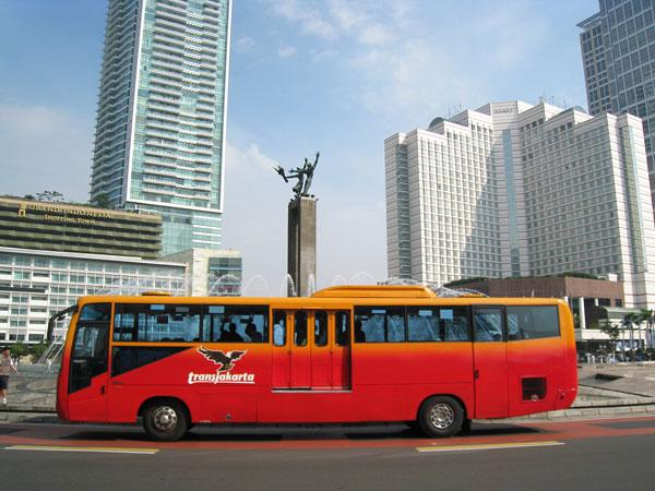 Diduga untuk 'Tangkap' Pengendara Nakal, Ini Fungsi CCTV di Belakang Bus Transjakarta