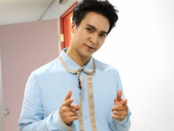 Baiknya, Dongwoon Beast Sengaja Sambangi Toserba untuk Traktir Fans Es Krim!