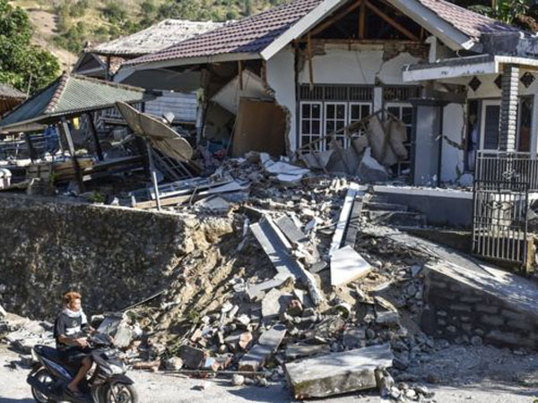 Lebih Dari Dua Ratus Kali, Gempa Susulan Lombok Paling Tinggi Tercatat 5.5 SR