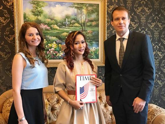 Bikin Bangga, Inul Daratista Diwawancarai Majalah TIME!