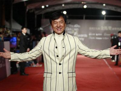 Jackie Chan Ingin Gantikan Robert Downey Jr. Jadi Iron Man