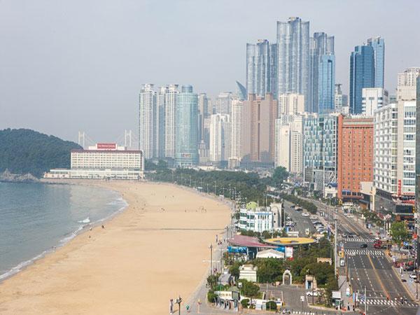 Jarak Sosial Diperketat, Ratusan Wisata Pantai Korea Selatan Juga Ikut Ditutup