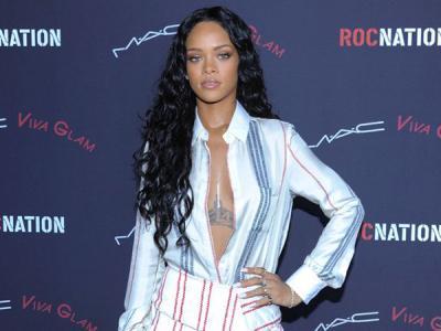 Duh, Rihanna Dituntut oleh Tim Keamanan Konsernya Sendiri!