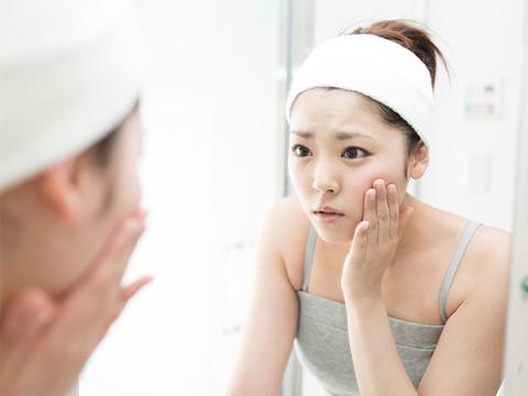 Ternyata Deretan Bahan Skincare Ini Bisa Bikin 'Breakout' Jika Digunakan Secara Bersamaan