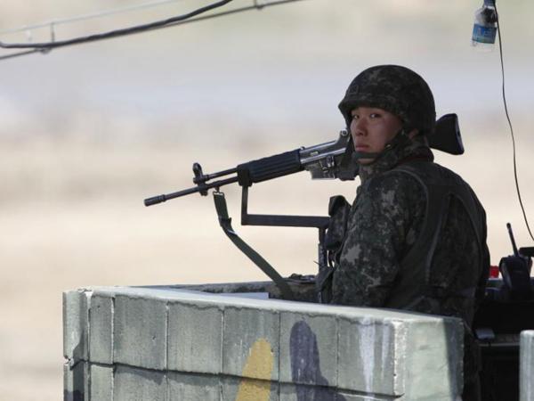 Tentara Korea Utara Lintasi Perbatasan, Korea Selatan Lepaskan Tembakan Peringatan