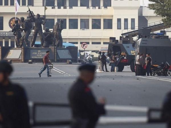 Ada Ledakan dan Baku Tembak di Operasi Penanganan Kerusuhan Mako Brimob, Bagaimana Kondisi Ahok?