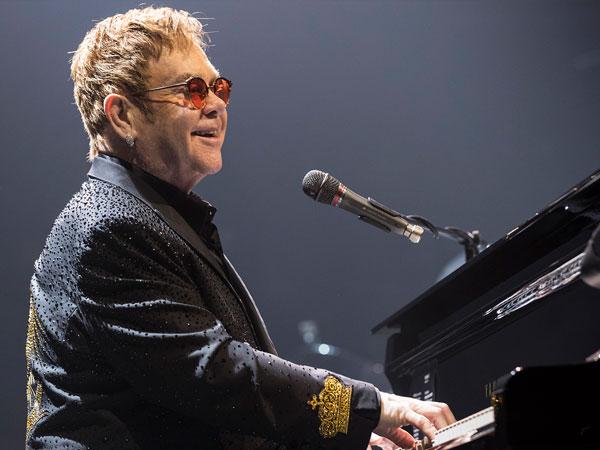 Terinfeksi Bakteri Mematikan, Bagaimana Kondisi Kesehatan Elton John?