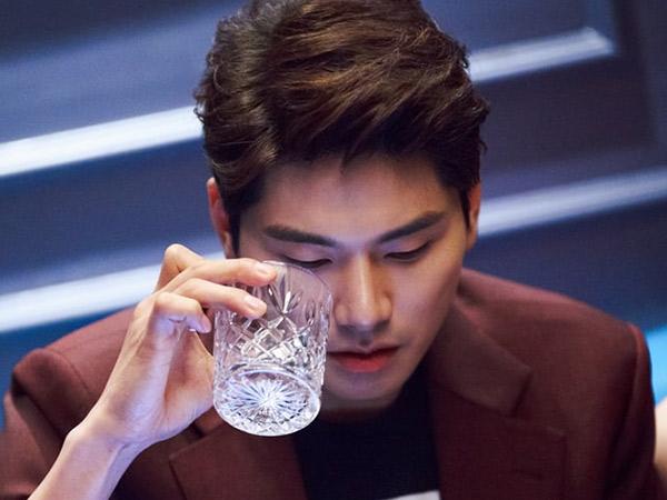 Terkenal Kocak, Transformasi Lee Yi Kyung di Drama Baru KBS 'Suits' Bikin Pangling!