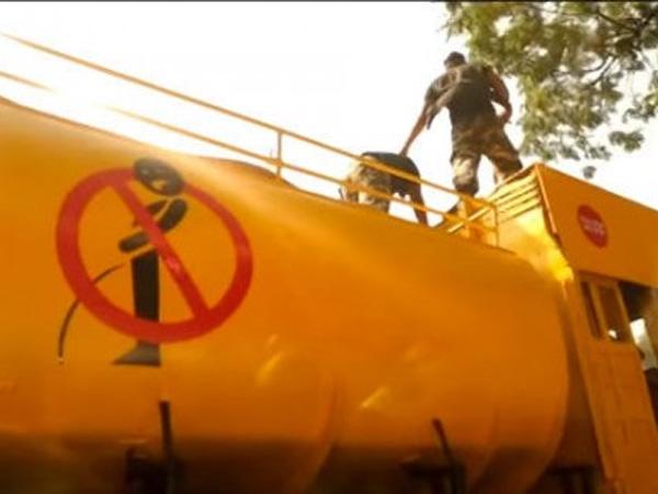 Ini Cara Unik India Hukum Warganya yang Suka Buang Air Kecil Sembarangan
