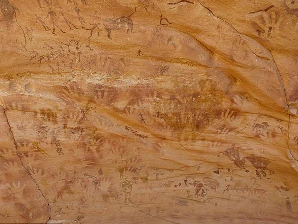 Ada Jejak Tangan di Gua Berusia 8.000 Tahun, Peneliti Ungkap Itu Bukan Manusia