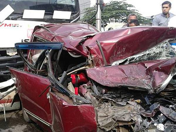 Kronologi dan Pemandangan Dahsyatnya Kecelakaan Beruntun Bogor yang Libatkan 11 Kendaraan