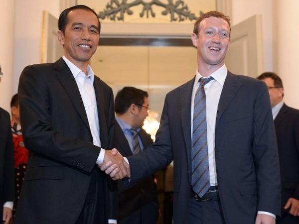 Usai Mampir ke Indonesia, Mark Zuckerberg Sumbangkan 25 Juta USD untuk Cegah Virus Ebola