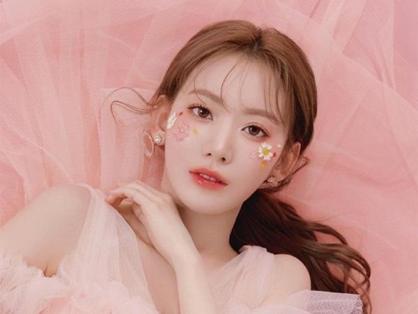Miyawaki Sakura Dikabarkan Kembali ke Korea untuk Tanda Tangan Kontrak dengan HYBE