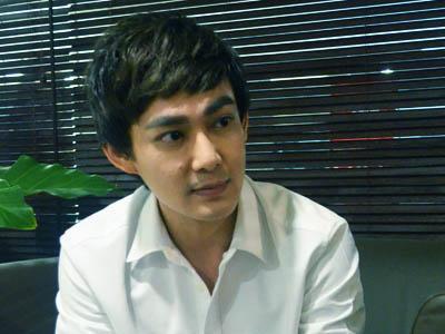 Wah, Kakak Nichkhun 2PM Segera Main Film di Indonesia!