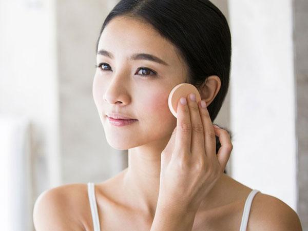 Pakai Primer Ternyata Bisa Jadi Senjata Jika Sedang Malas Makeup