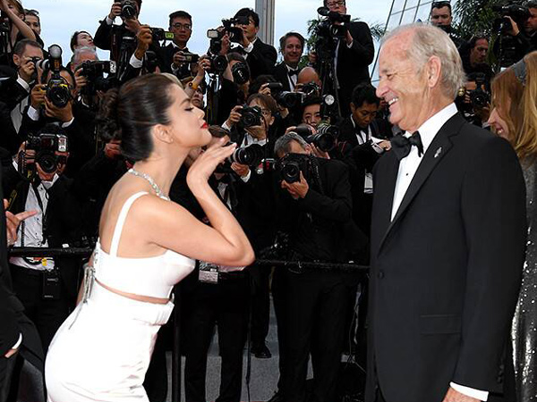 Pose Bareng Aktor 68 Tahun, Selena Gomez Ungkap Keinginan 'Menikah'