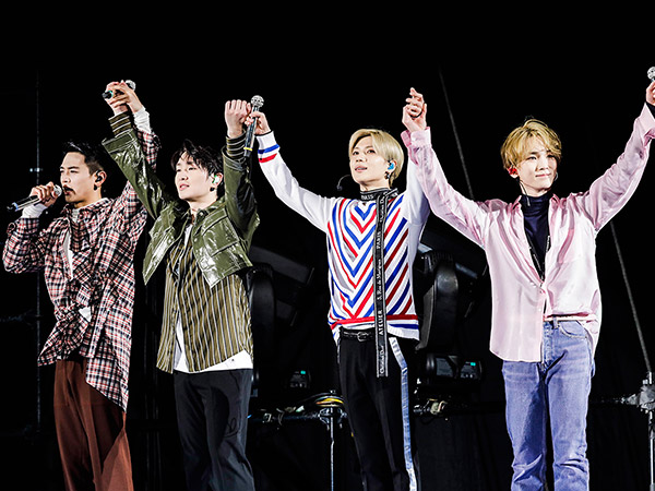 53shinee-10th-anniversary-1.jpg