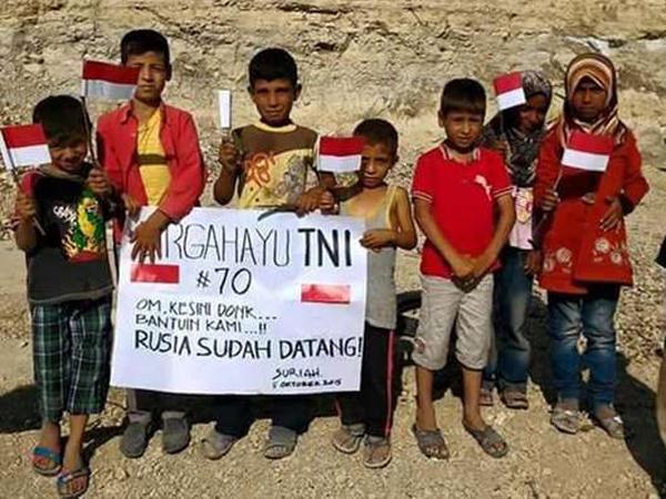 Foto Anak-Anak Suriah Minta Bantuan TNI Dalam Hadapi Rusia Tuai Rasa Haru