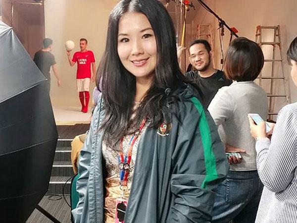 Ini Dia Manajer Cantik di Balik Kesuksesan Timnas Sepak Bola Indonesia!