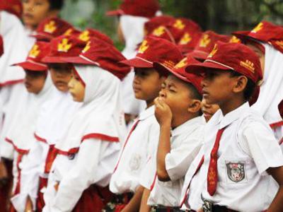 LKS Siswa SD di Jawa Tengah Berisi Resep Awet Muda Dengan Ngeganja