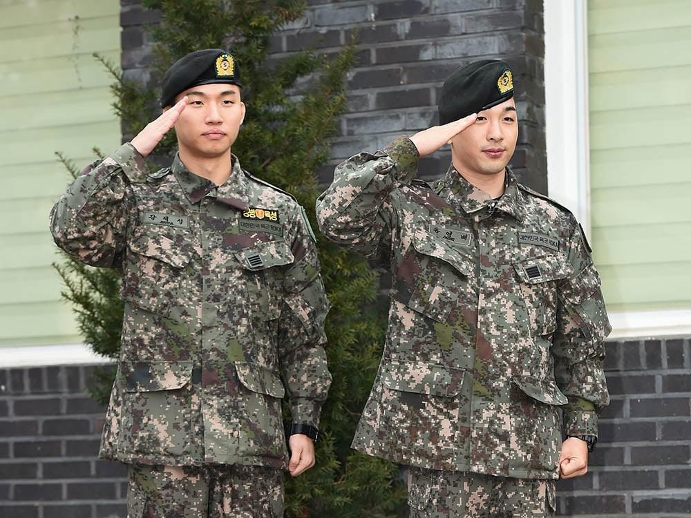Potret Taeyang dan Daesung BIGBANG Selesai Wajib Militer Bareng