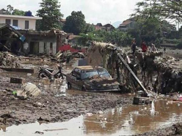 Tewaskan 20 Orang, Banjir Bandang Garut Diklaim Paling Parah