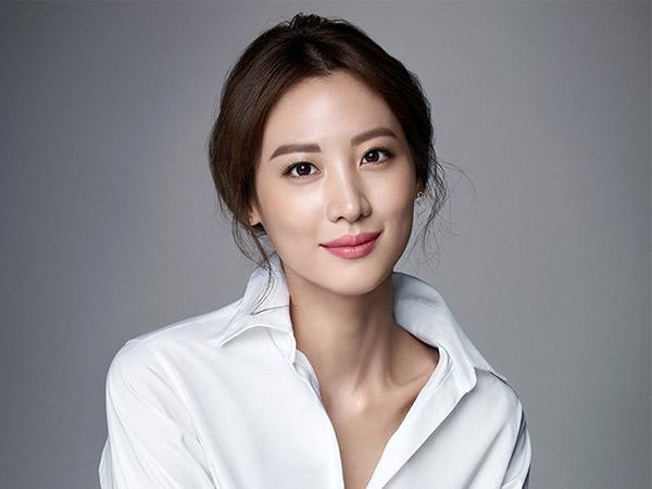 Claudia Kim Diam-diam Pacari Pengusaha Korea-Amerika