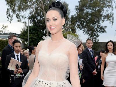Video Musik 'Dark Horse' Katy Perry akan Ditampilkan Layaknya Film Layar Lebar?