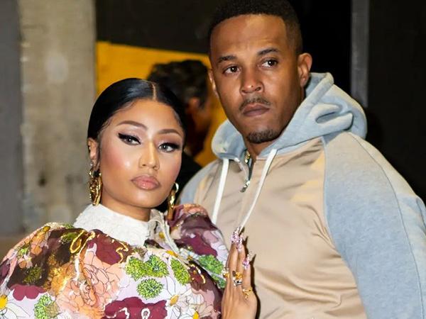 Pamer Perut Buncit, Nicki Minaj Umumkan Kehamilan Pertama