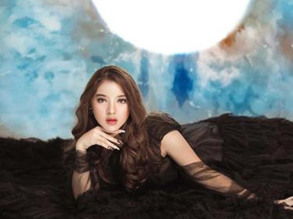 Cantiknya Tiara Idol dalam Pemotreran Terbaru Terinspirasi BLACKPINK
