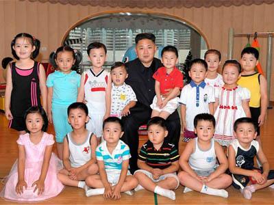 Ulang Tahun, Kim Jong-Un Kirimkan Permen Pada Semua Anak-anak Korut