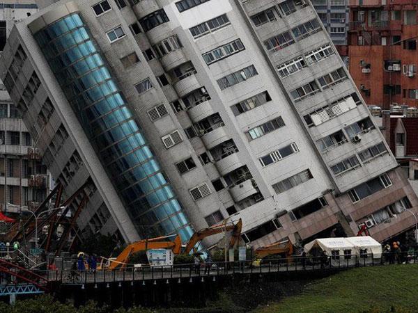 Kesaksian Gempa Besar Taiwan: TV Terbang, Lantai 6 Apartemen Amblas ke Dasar