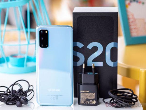 Samsung Dikabarkan Jual Ponsel Tanpa Charger Mulai Tahun Depan