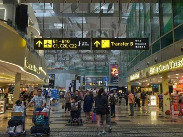 Ingat, Travelers! Kini Berkunjung Ke Singapura Harus Isi Kartu Kedatangan Dulu Secara Online!