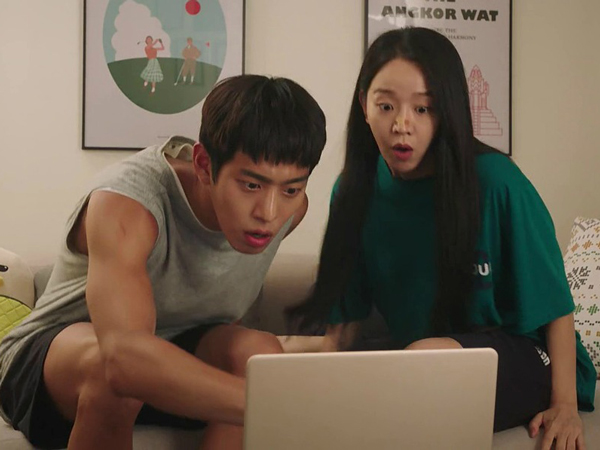Yuk Mengenal Fenomena 'Binge Watching' Yang Muncul Akibat Sering Nonton Film Serial