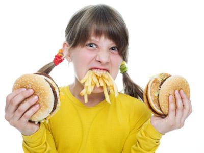 Ups, Inilah 7 Tanda Kamu Alami Kecanduan Makan