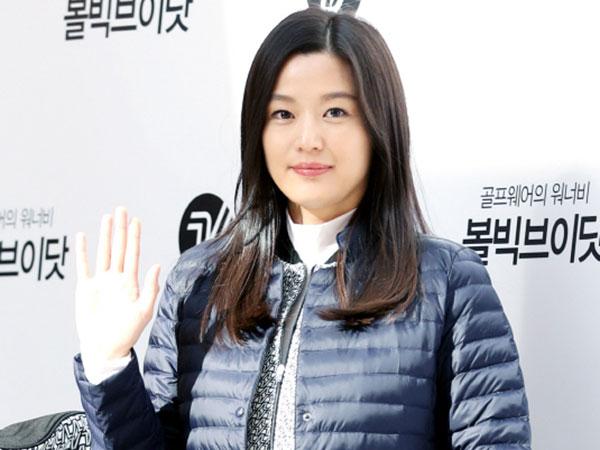 Makin Cantik, Intip Gaya Sporty nan Flawless Jun Ji Hyun Ditengah Kehamilan 6 Bulan!