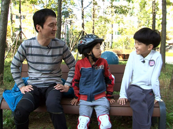 Aktor Jang Hyun Seung dan Anaknya Tinggalkan 'Superman Has Returned'?