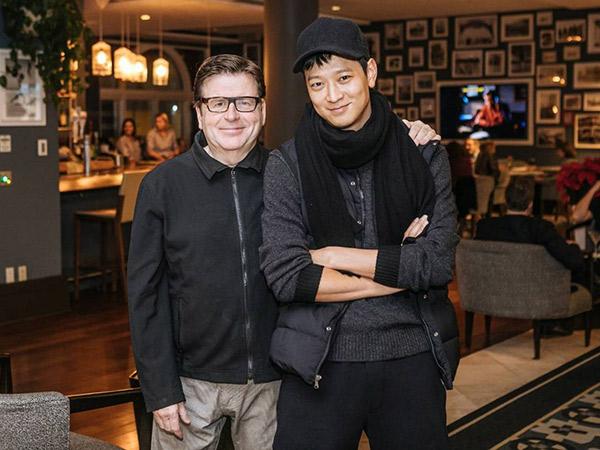 Kang Dong Won Siap Debut Hollywood Lewat Film Terbaru Sutradara 'Tomb Rider'!